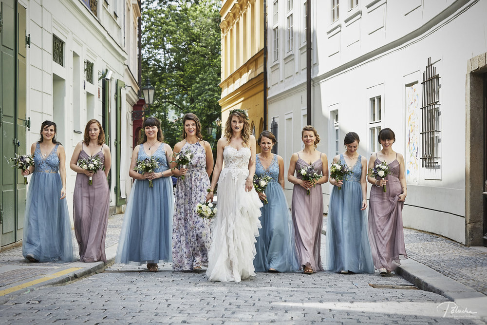 Bridesmaids (including me!)