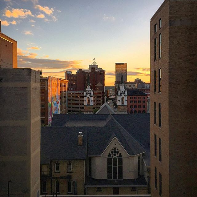 Tha #evening #sunlight is kinda nice thou... #summer is very close indeed. More to follow... #sunset #cityscape #urbanlandscape #magichour #architecture #cityarchitecture #architecturelovers #windowview #cityview #color_rgb #color_rgb #color_fab #experiencegr #grandrapids #grandrapidsmichigan #church #amway #walkyourcamera #adventureisoutthere #sundown #brickbuilding
