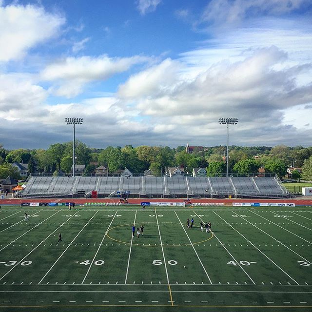 It's a #beautiful evening for the #beautifulgame with @grandrapidsfc - looking forward to a great night! #futbol #soccer #grandrapids #experiencegr #downtowngrandrapids #grandrapidsmi #landscape #footballfield #soccerfield #soccergame #blueskys #summerdaze #urbanlandscape #urbanfield #housemanfield #grmi #adventureisoutthere #walkyourcamera #color_splash #color_vibe #color_rgb #colorvibe