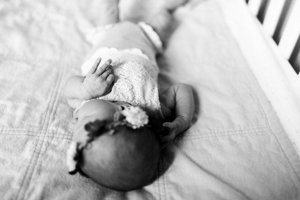 newborn blogs-10.jpg
