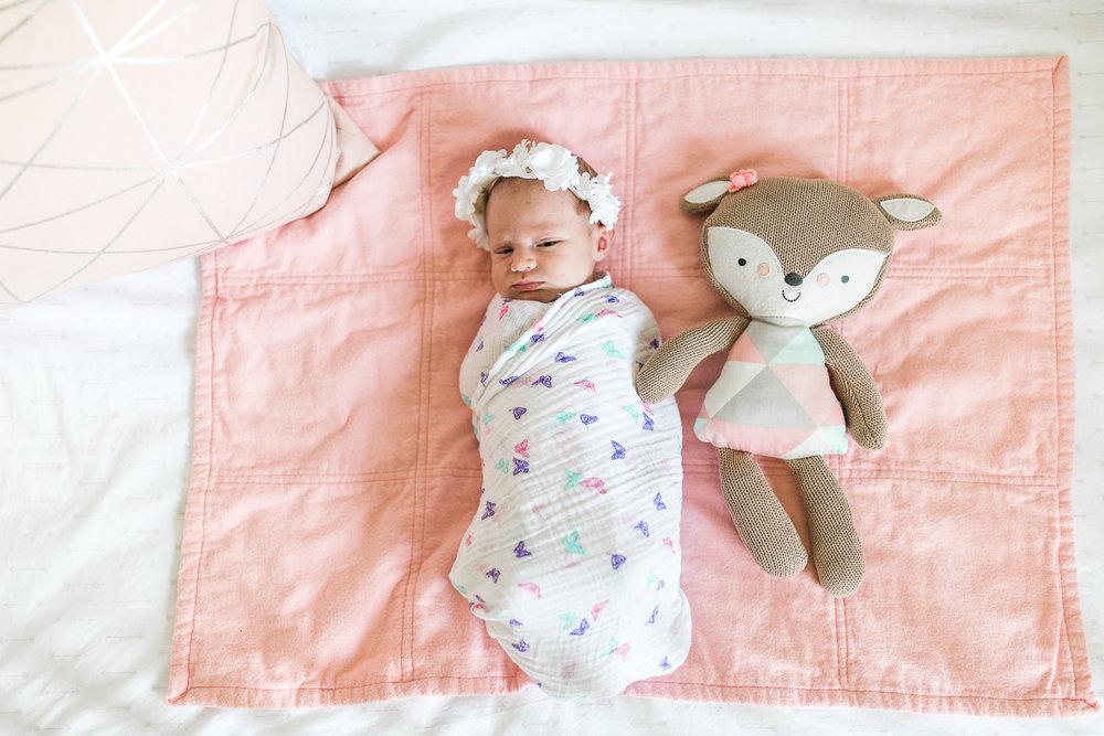 newborn blogs-17.jpg