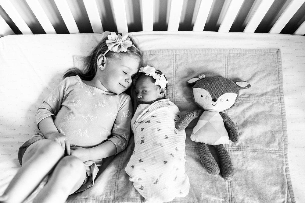 newborn blogs-20.jpg