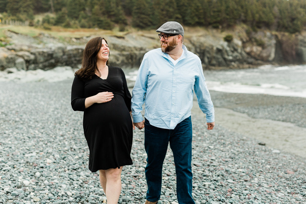 middle-cove-st-johns-maternity-photographer-1.jpg