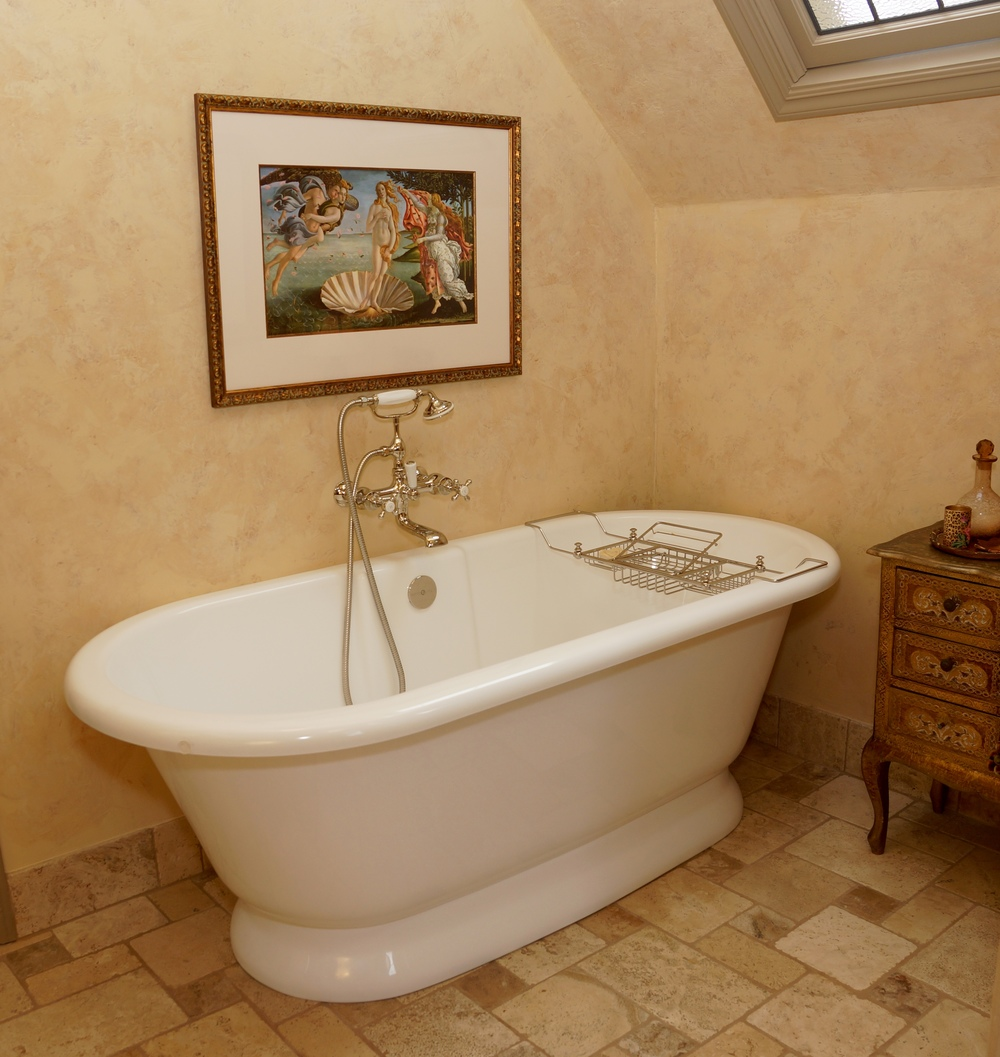 This is the Victoria + Albert tub I actually ordered!