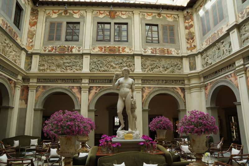 The Renaissance courtyard