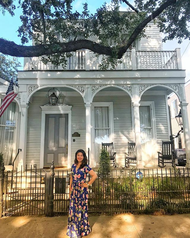 "I am so enamored with the soul, architecture and music of New Orleans. Every corner is charming in a unique way, but the grand houses of the Garden District blew me away. I feel like I've stepped back in time. I also found that I don't mind being called ""baby girl"" by sweet older ladies. You can really feel the Southern love. 😘#enamored #inspired #neworleans #architecture"