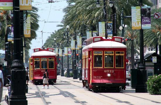 new-orleans-streetcars.jpg