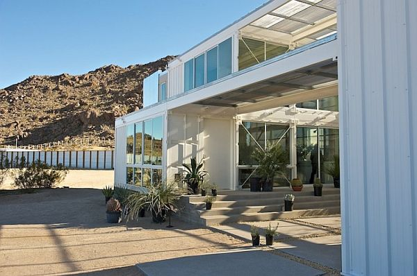 53-First-Shipping-Container-House-in-Mojave-Desert.jpg