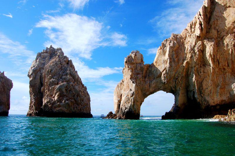 Cabo_San_Lucas_Rocks.jpg