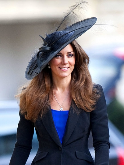 kate-middleton-attended-the-wedding-of-her-close-friends-harry-meade-and-rosie-bradford-in-northleach-gloucestershire-in-jaunty-style.jpeg