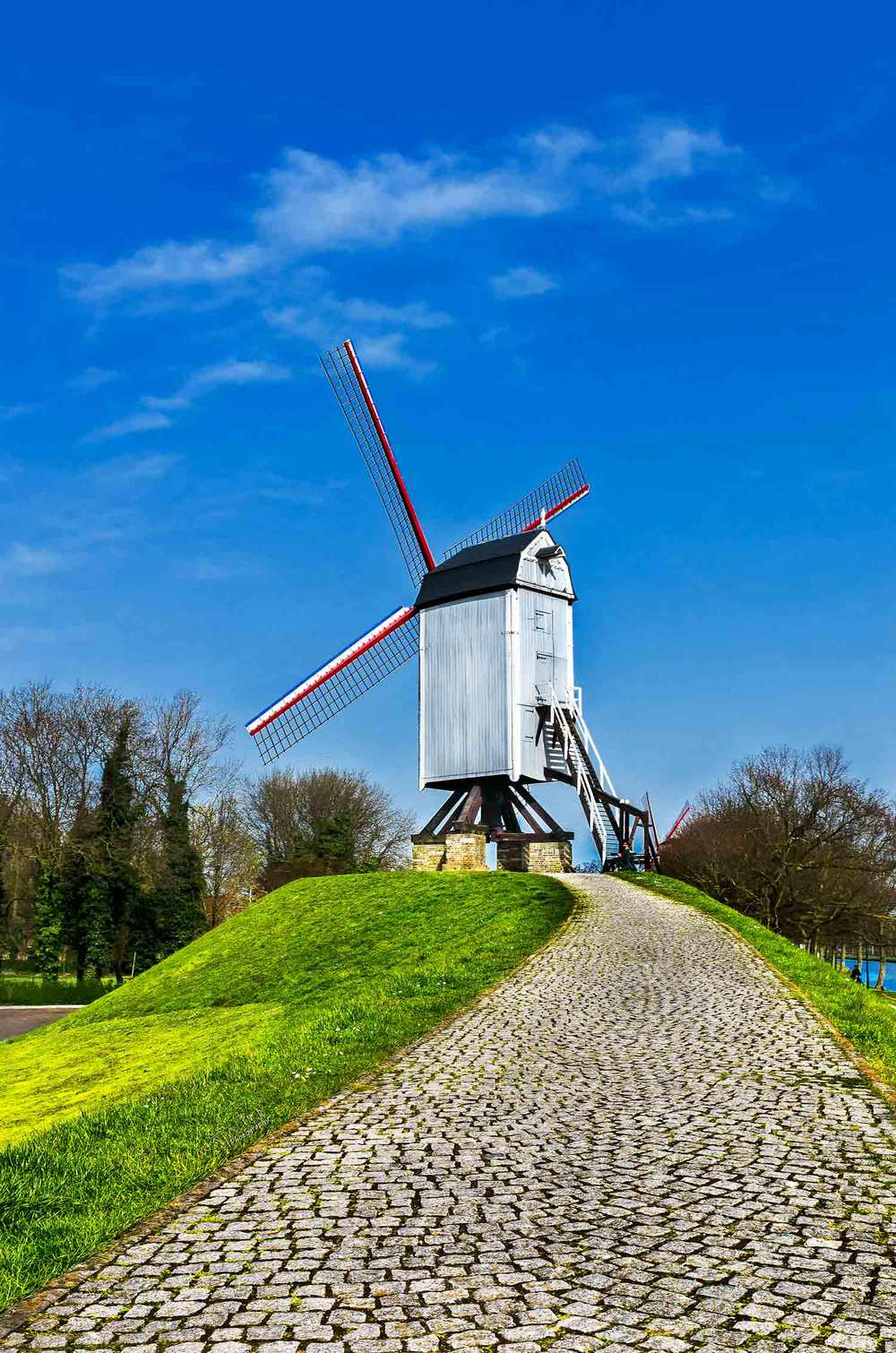 landscape-photo-luxembourg-old-windmill.JPG