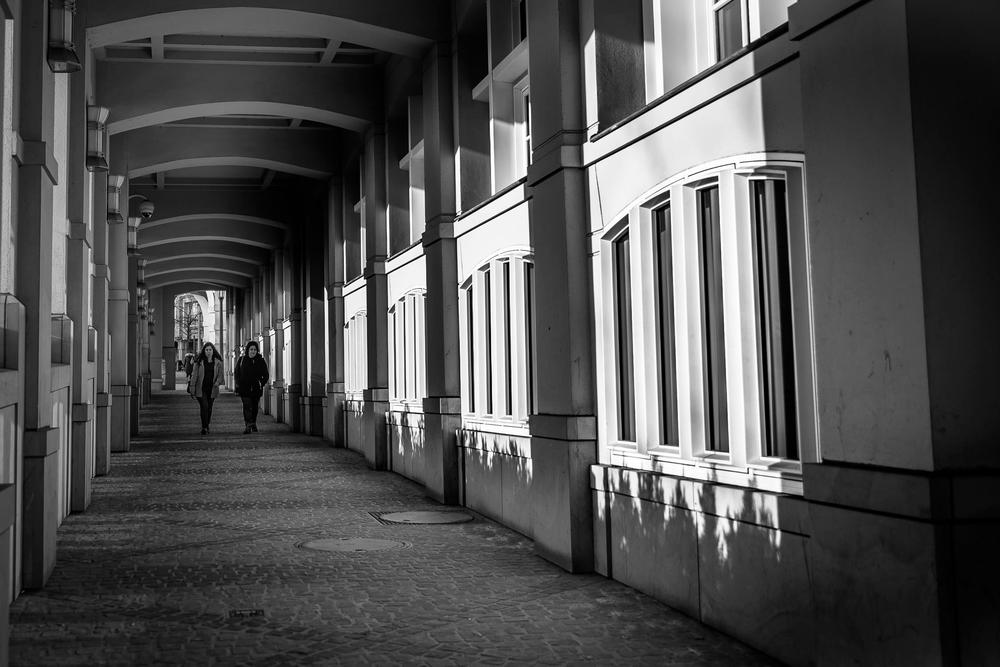 Street Photographer in Luxembourg | Catalin Burlacu Photography | www.ishootcolors.com | Black and White