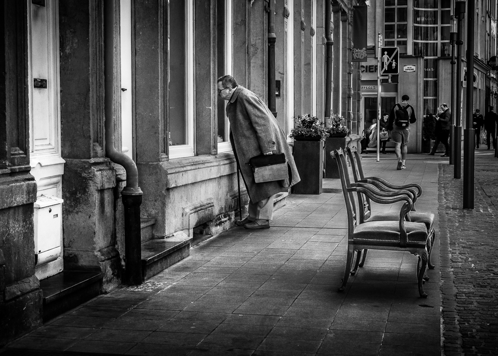 Catalin Burlacu - Street Photographer Luxembourg  - www.ishootcolors.com153.jpg