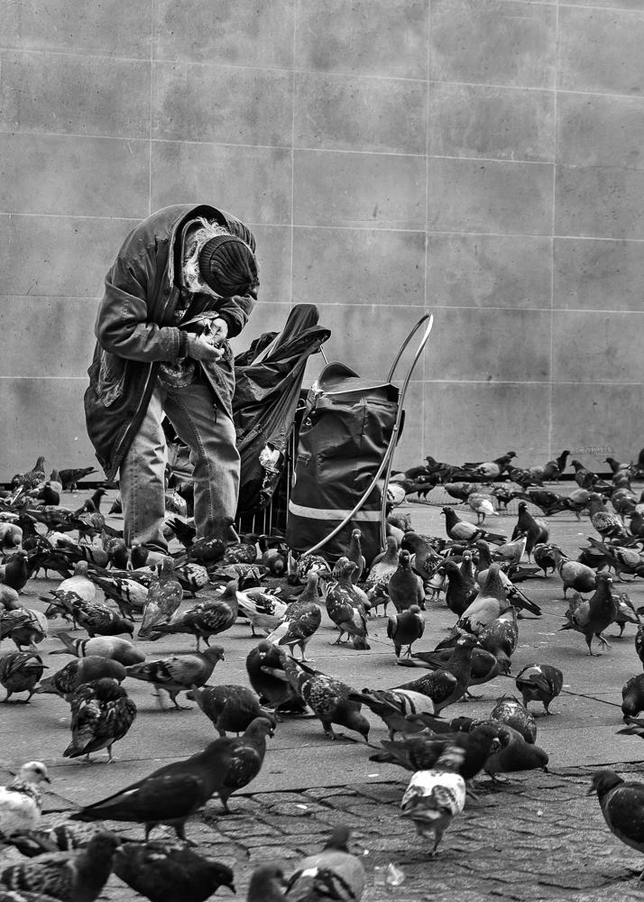 Catalin Burlacu - Street Photographer Luxembourg  - www.ishootcolors.com156.jpg