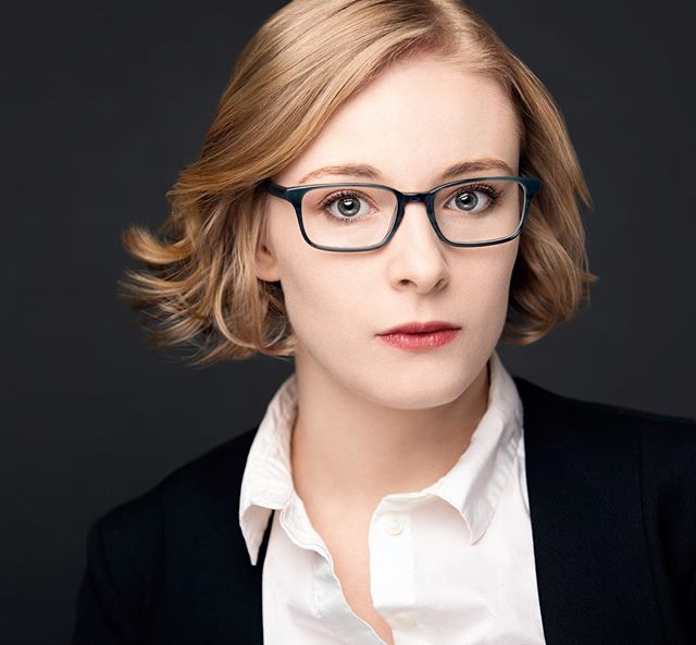 Some full on Tina Fey vibes from the amazing @ladyleona . . . . #headshot #headshots #nyc #actor #actress #act #portrait #nycheadshots #style #glasses #tinafey #girl #makeup #hair #blonde #hk #hellskitchen #bway #broadway #editorial