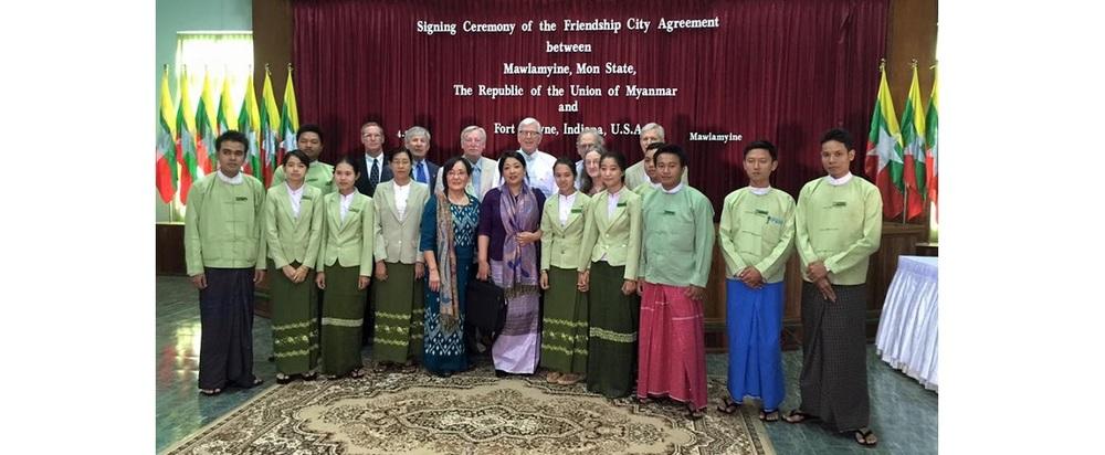 delegation, prime minister and staff.jpg