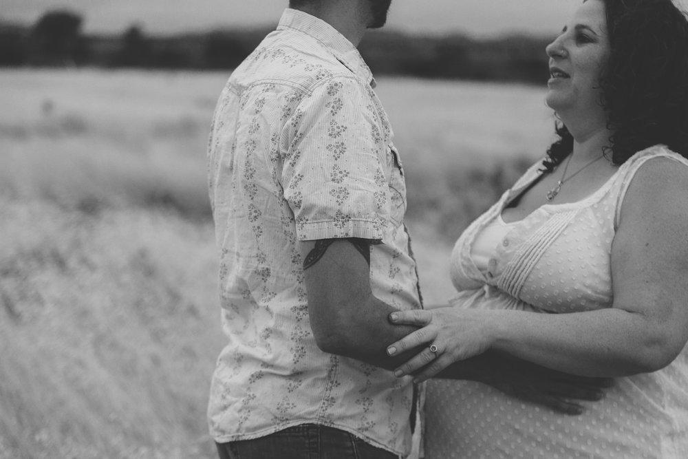 Lisa+Eric Maternity - 55.jpg