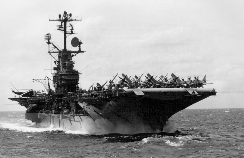 USS_Intrepid_(CV-11)_-_Sep_66.jpg