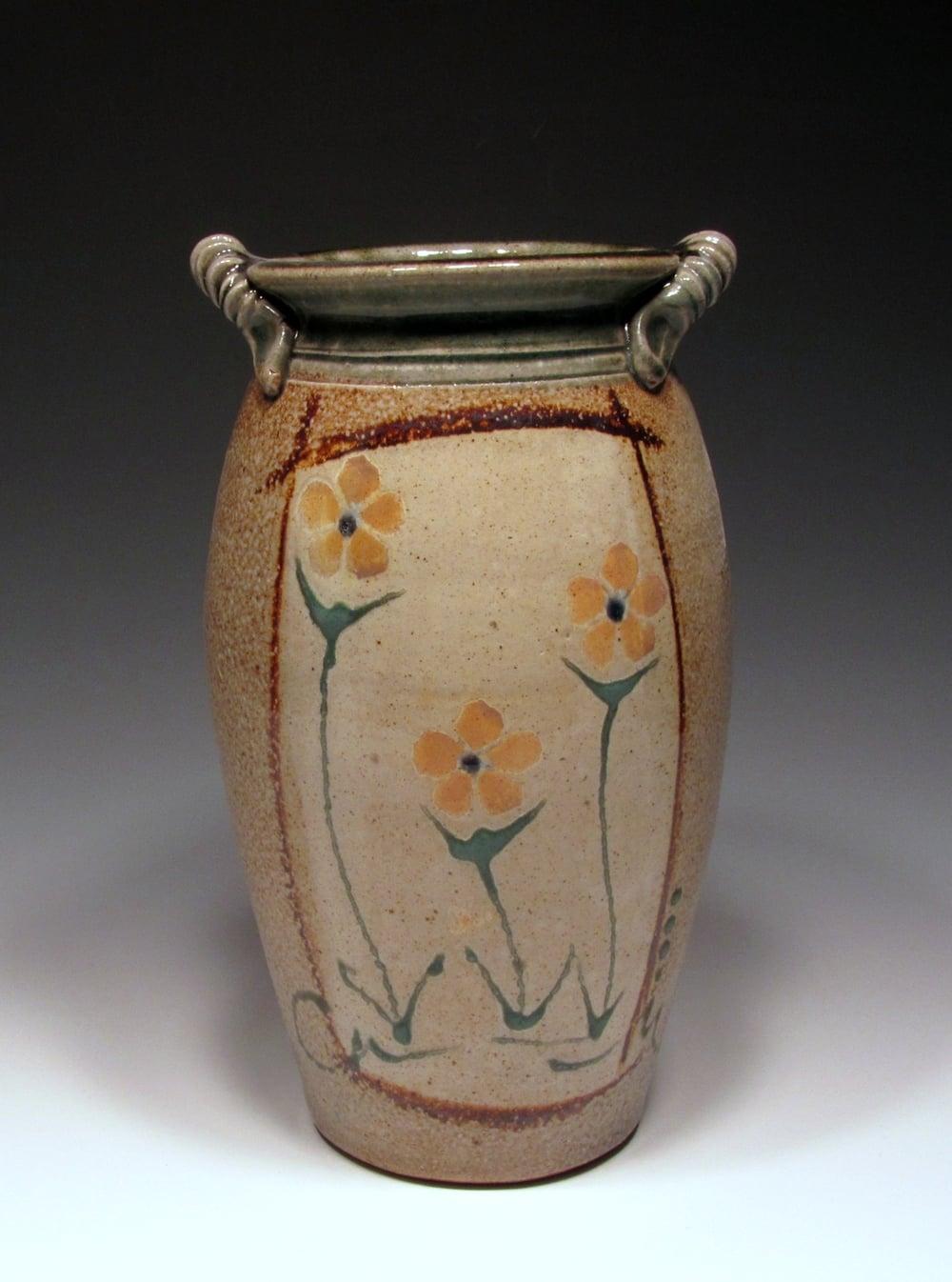 salt flowers vase 3.jpg
