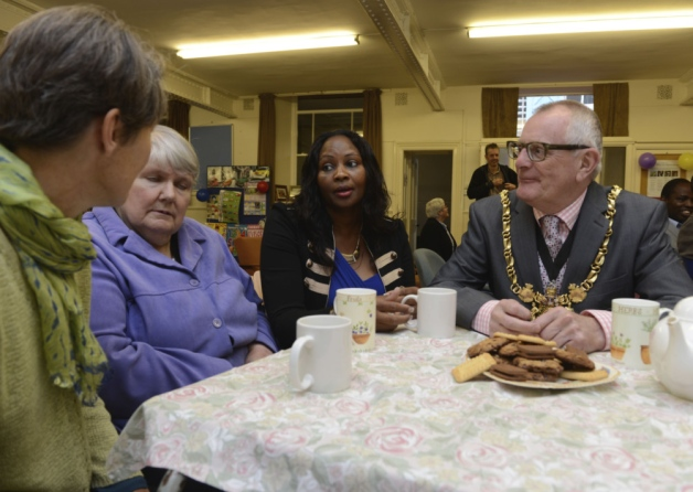 Lord Mayor Peter Rippon visits Lansdowne Chapel's Reource Day at Sharrow