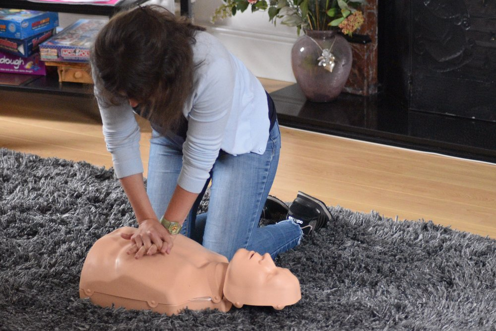 first aid emergency first aid training sheffield rotherham doncaster