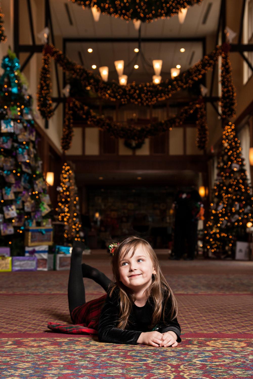 Christmas Portrait at the Inn at Virginia Tech Blacksburg Virginia Portrait and Wedding Photographer Bent-Lee Carr