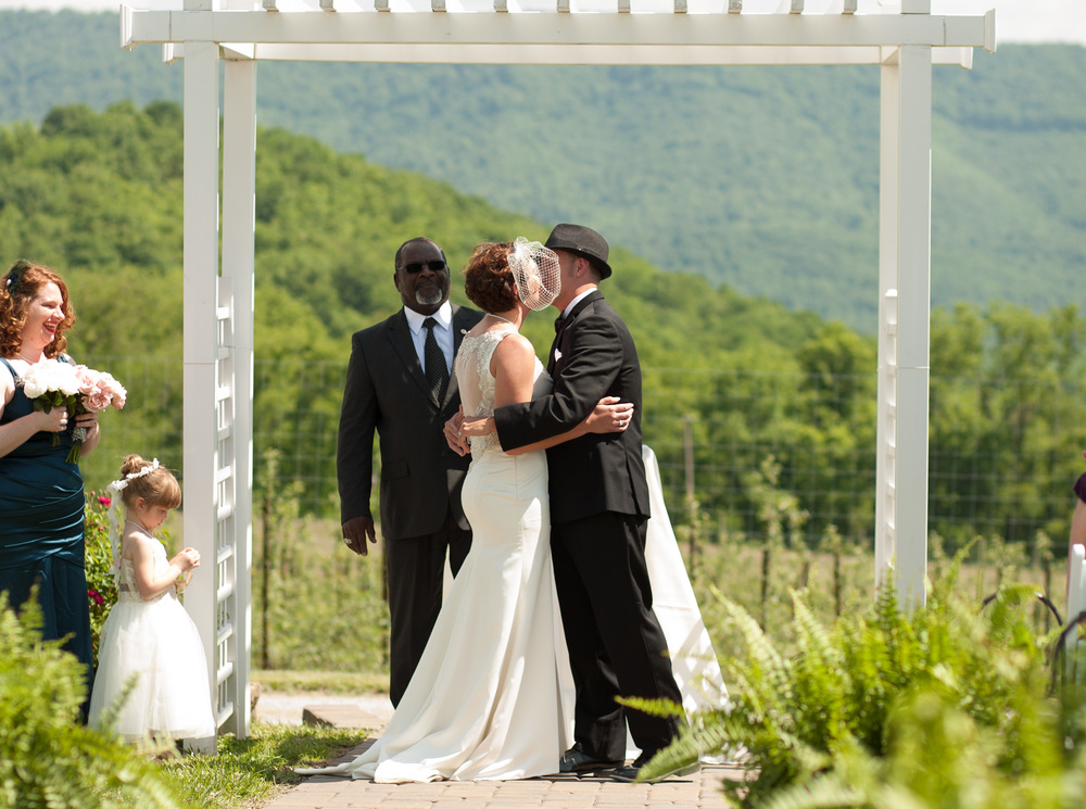 Doe Creek Farm Wedding, Pembroke, Virginia