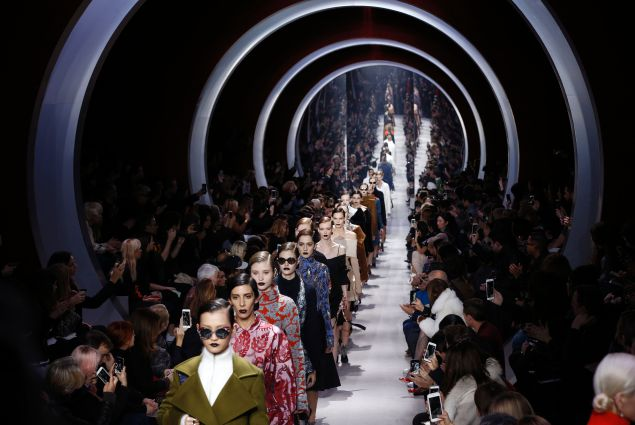 Dior FW16   show