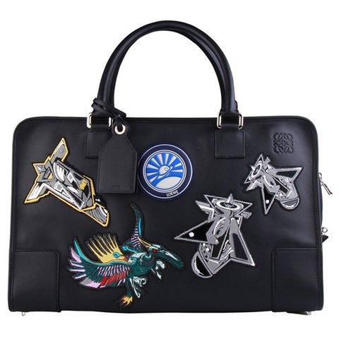 Loewe Techno Chrome Amazona 44 çanta, $2,310, bilgi için:  elitestore.es