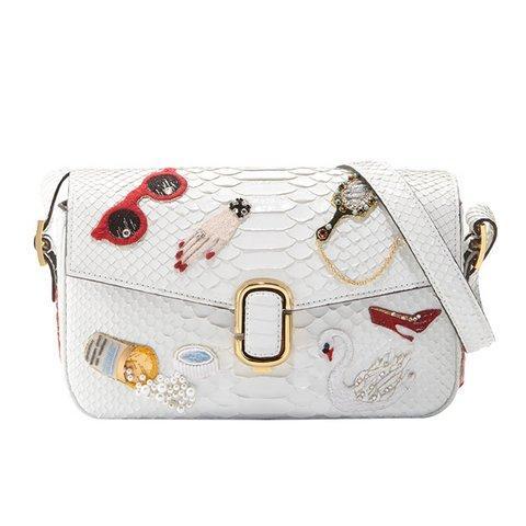 Marc Jacobs J Marc i$lemeli yılan derisi omuz çantası, $5,500,  Satın almak için tıklayın