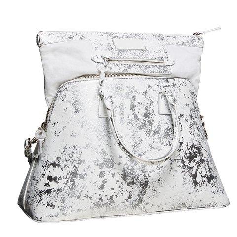 Maison Margiela beyaz ve gümüşderi 5AC çanta, $4,380, bilgi için: Maison Margiela