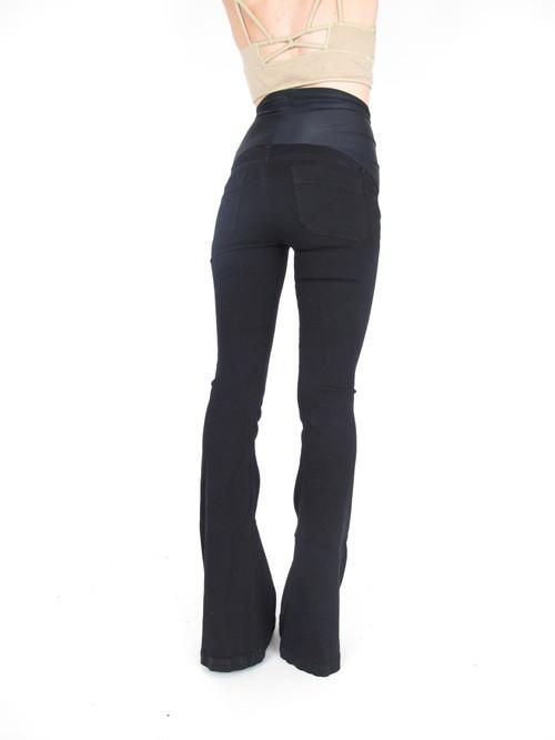 Goldsign Black Flare Maternity Jeans 25 x 35 - Goldsign Black Flare Maternity Jeans 25 X 35 — She & Wolf