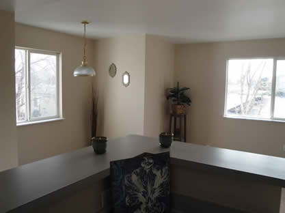 Bar Area off of kitchen.jpg