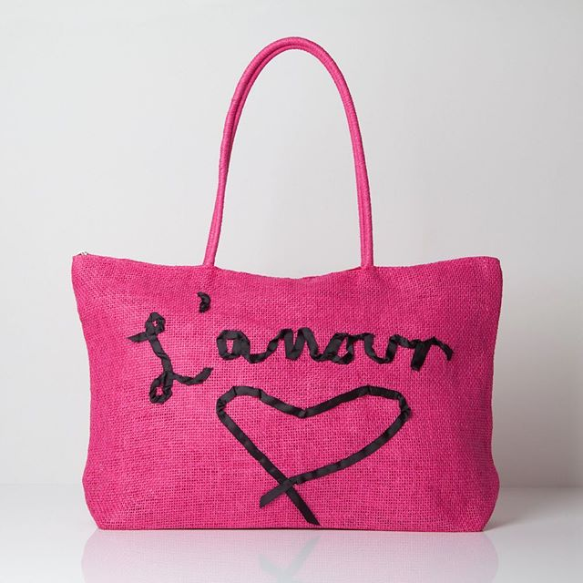 #wadabags  throwback to some seasons ago - something cheery for a cold winter's day  #embroirdery  #accessories #handmade #sewinglove #armcandy #bags #tote  #pink  #love  #cheermeup