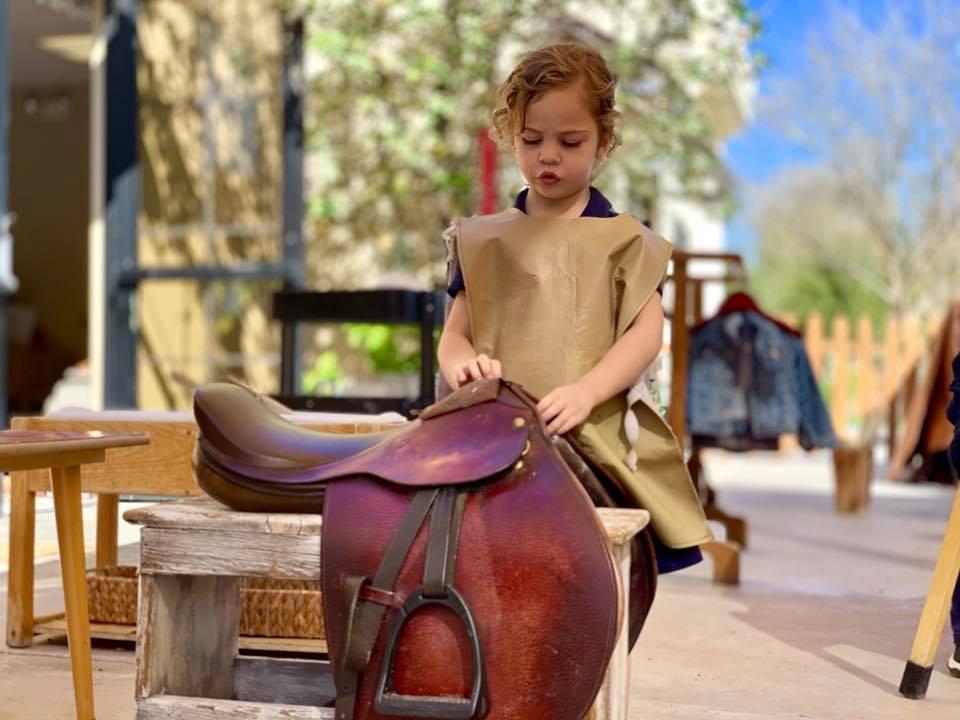 Polishing a saddle