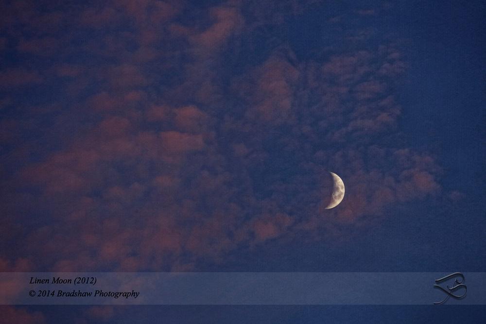 Linen Moon (2012)szA.jpg