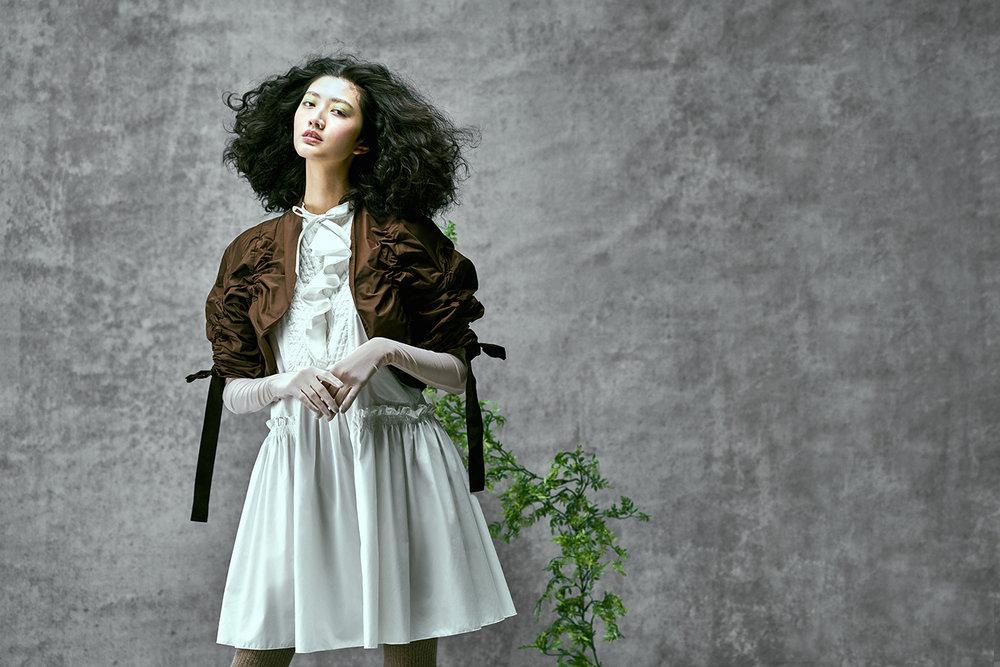 Vogue TW01267.jpg