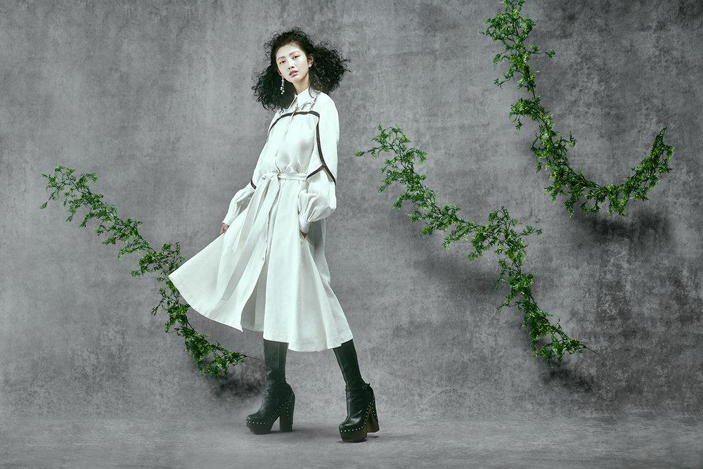 Vogue TW02417.jpg