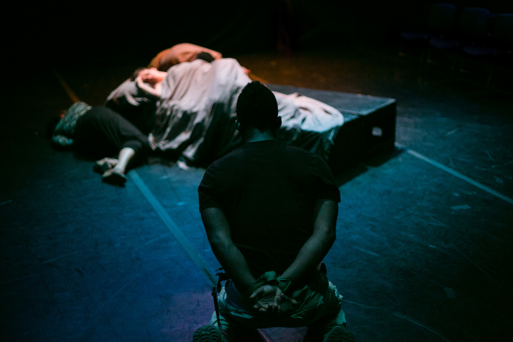 """Look on the tragic loading of this bed."" (Jak Watson)  The Tragedy of Othello, the Moor of Venice , Schapiro Theater, 2014. Photo by  Amy Sims ."