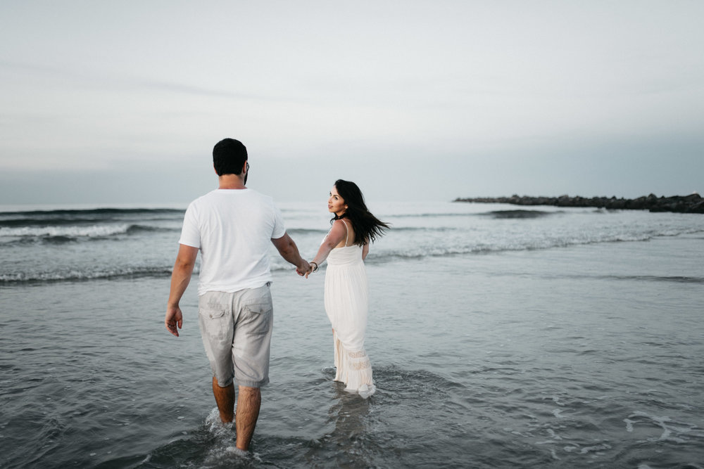 twyla jones photography - treasure coast florida - romantic anniversary session at the beach--16.jpg