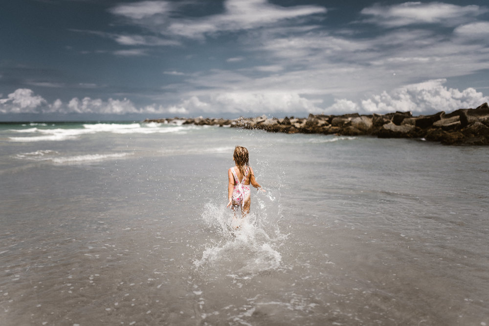 twyla jones photography - kids plalying at the beach in florida-9386.jpg