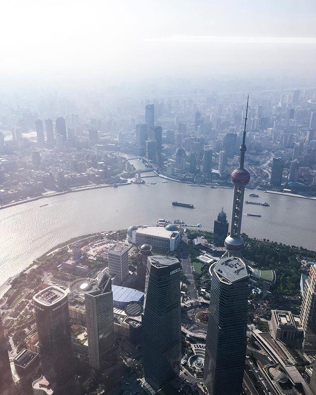 On top of the world, seen through smudgy windows and layers of smog - - - #shanghai #shanghailife_ #上海 #explorechina #shanghaiist #cityscape #epic_captures #urbex #urbanexploration #instamagazine_ #chasinglight #streetmagazine #justgoshoot #illgrammers #artofvisuals  #streetdreamsmag #thecreatorclass #agameoftones #exploretocreate #beautifuldestinations #createexplore #createexploretakeover #stayandwander #visualsoflife #visualsgang #mytinyatlas #welltravelled #globetrotter #vsco #vscocam
