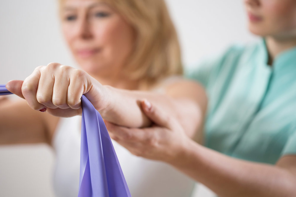 iStock_physical-therapist-3x2.jpg
