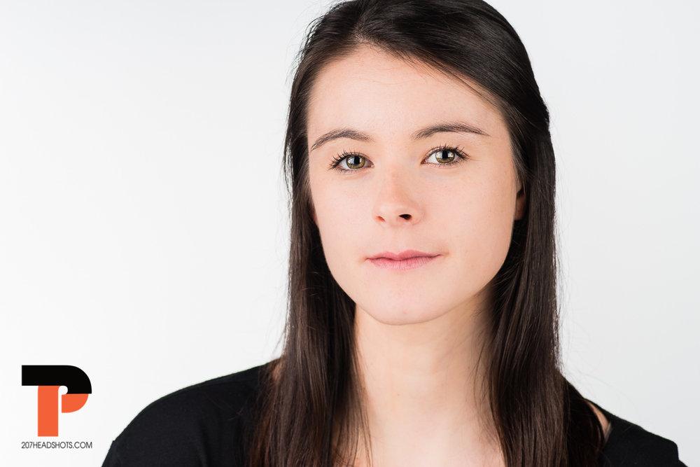 Nicole Roberge Headshots105.jpg