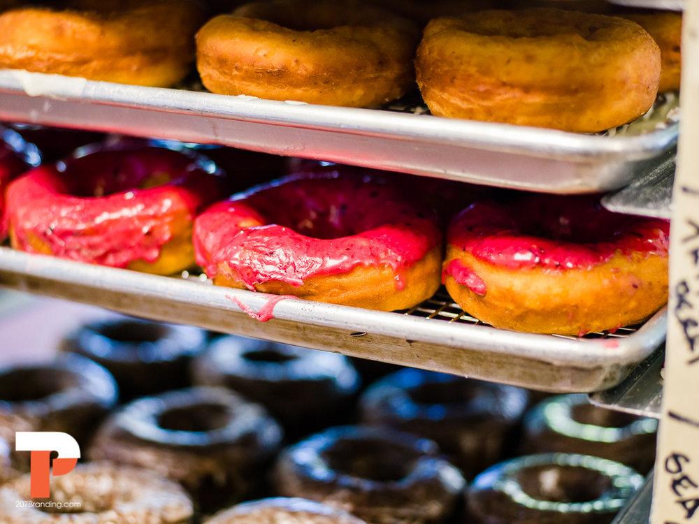 holy-donuts-portland-maine-photogrpahy-05.jpg