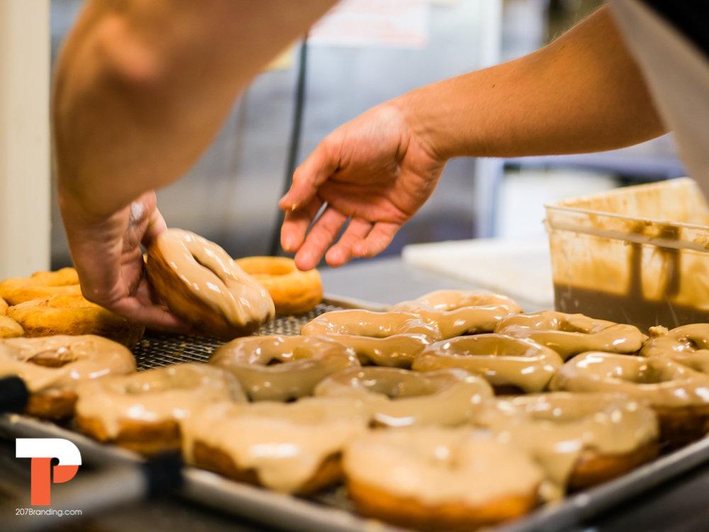 holy-donuts-portland-maine-photogrpahy-36.jpg
