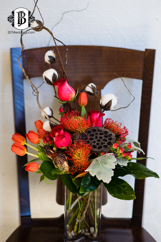 harmons-bartons-fall-arrangements-portland-maine-wedding-photographer-22.jpg