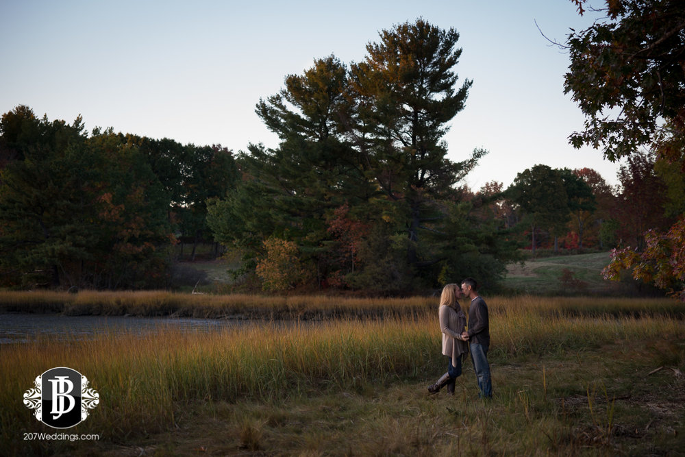 maine-wedding-photographers-alise-nate-engagement-700.jpg