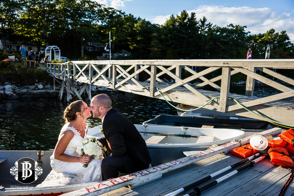 kyle-emily-boothbay-harbor-wedding-photographer-18.jpg