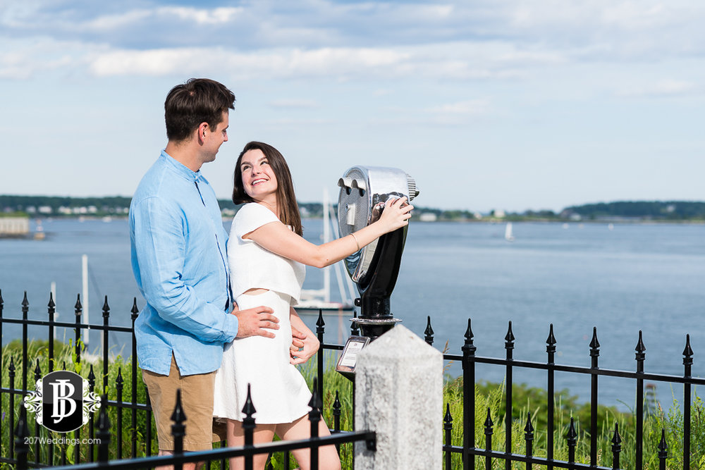 proposal-photographers-in-portland-maine-bill-sarah-eastern-promenade15.jpg